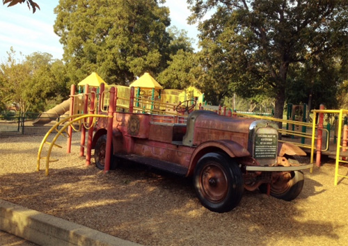 antique red fire truck at Zilker Park